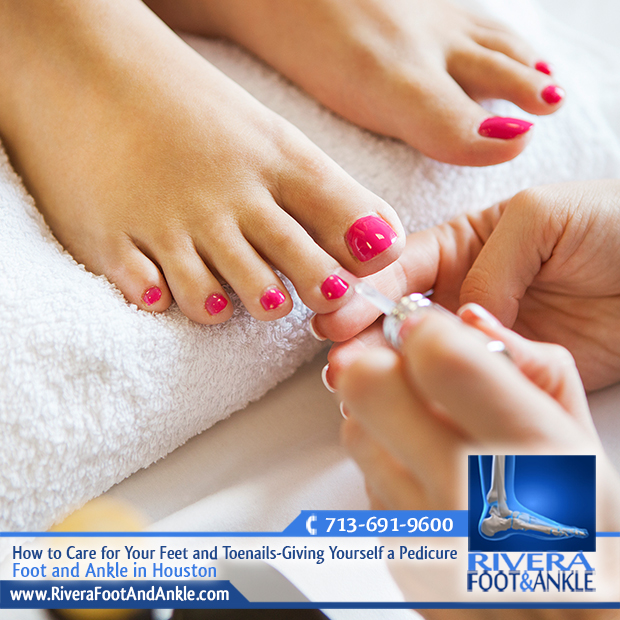 How to care for your feet and toenails giving yourself a pedicure 08 foot and ankle in houston solutioingenieria Gallery